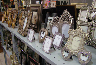 Articles & Frames