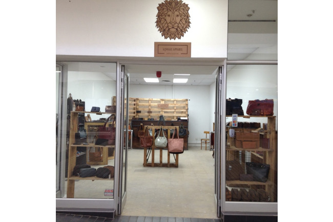 Aqwake Pop-up shop