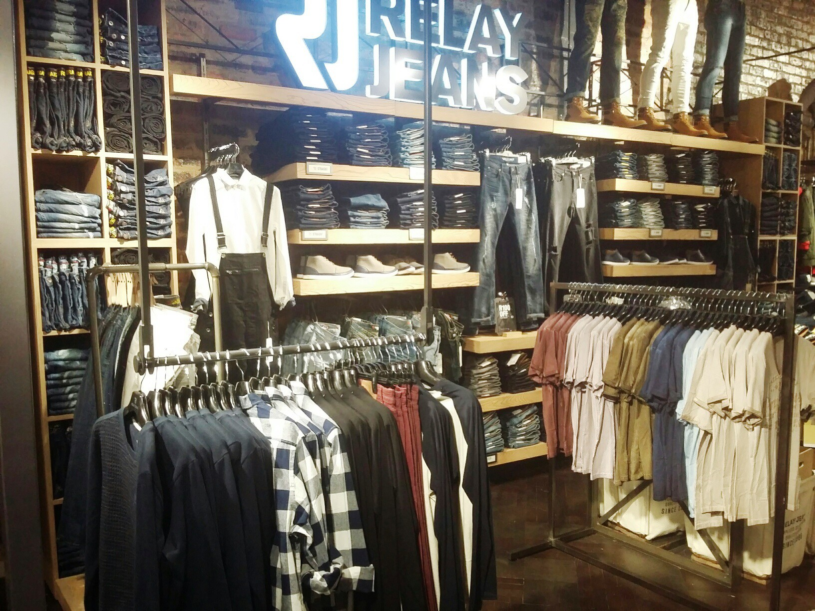 Relay Jeans