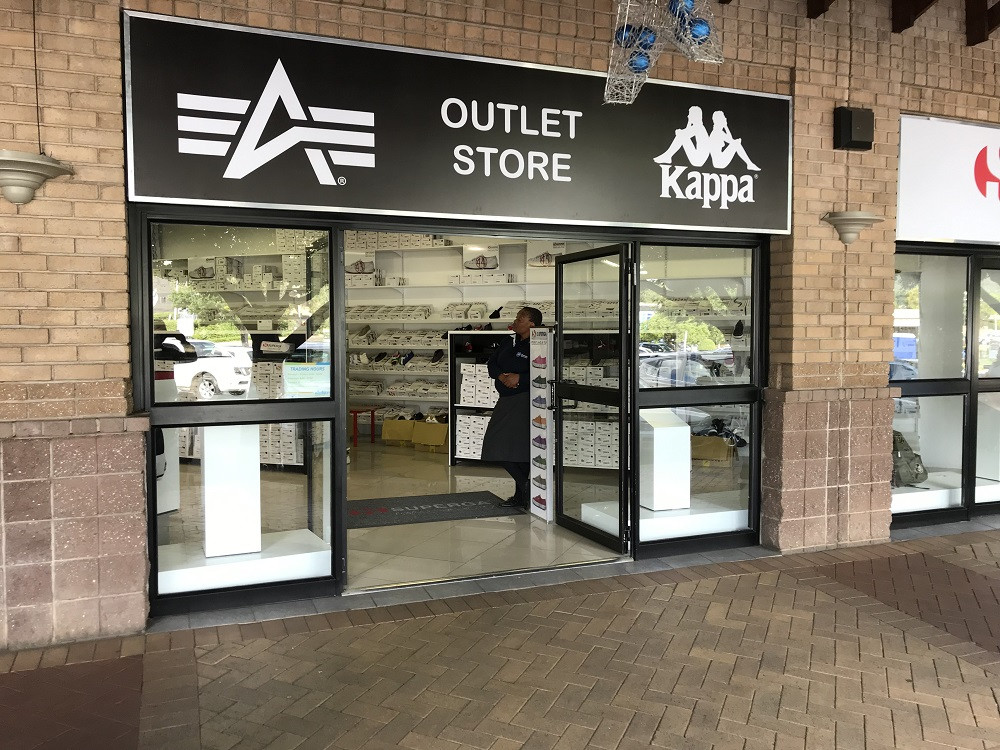 new concept f02e2 fab37 Alpha Industries - Outlet Store | Atterbury Value Mart