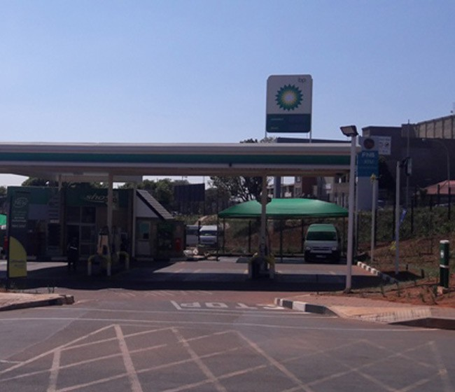 BP Garage  (Balfour)