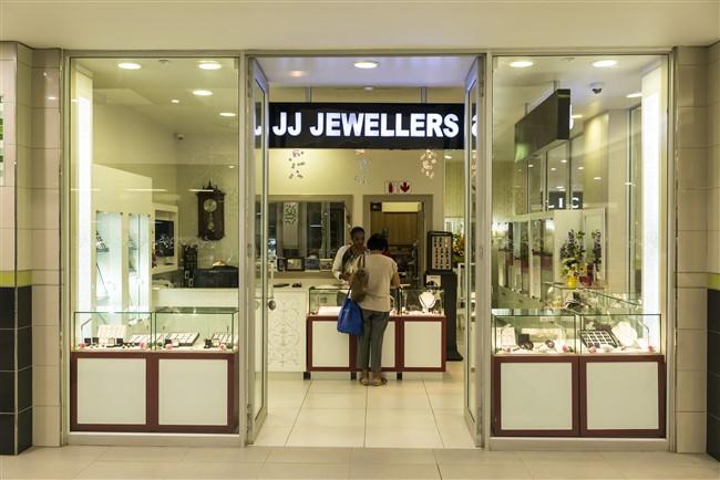 J.J Jewellers
