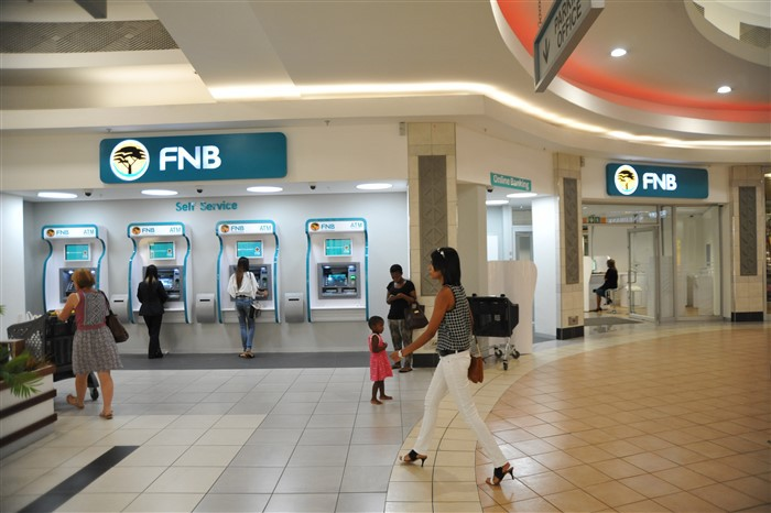 Midlands Mall | First National Bank | Mallguide