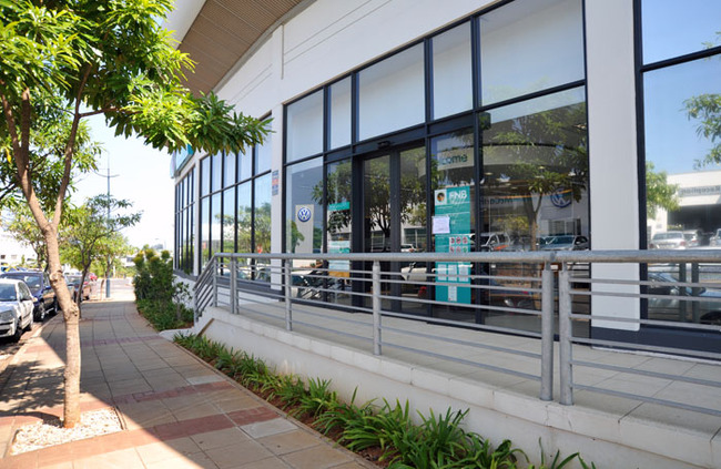 FNB - Branch | The Crescent