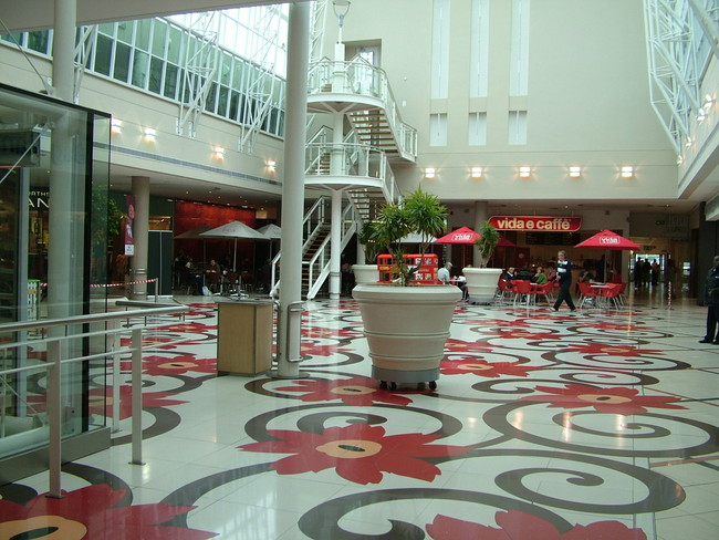 Bayside Mall - Table View